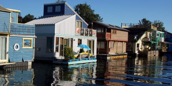 "Neuer Wohn-Trend ""Floating Home"""